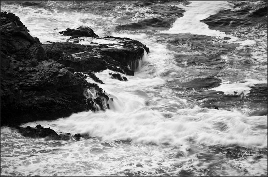 The Striking Waves - Frame3