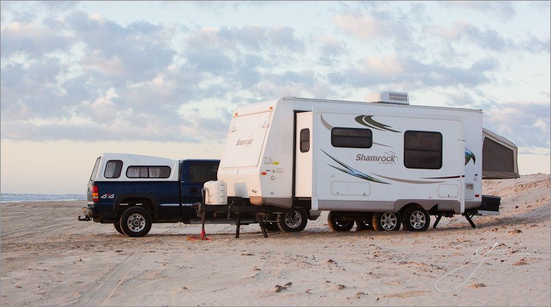 Super Camper on the Beach Seim2 Super Camping: How A Photographer & His Family Spend Months Road Tripping