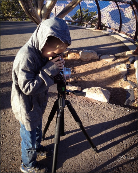Cyrus Seim Using the Hasselblad at Grand Canyon 479x600 A 3 Month Photographers Road Trip   Day 91, The End