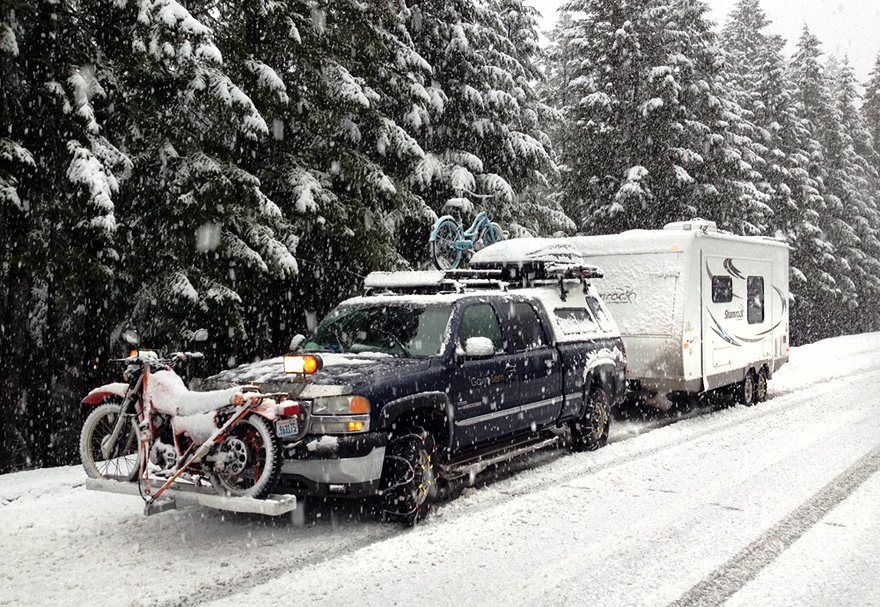 Day 6 - The rig along CA 199. Snowing pretty good, but solid chains all round make the difference.